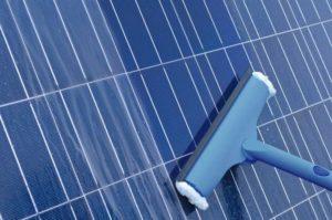 manutenção de painel fotovoltaico