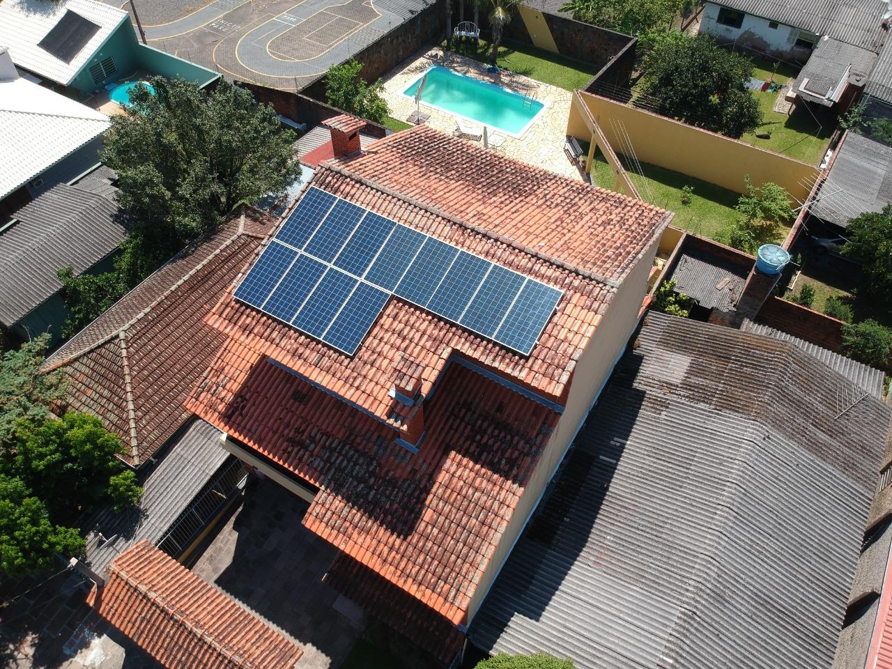 Instalação de energia solar na Região Metropolitana de Porto Alegre