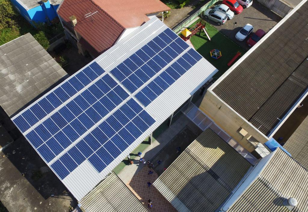 Sistema fotovoltaico em Canoas
