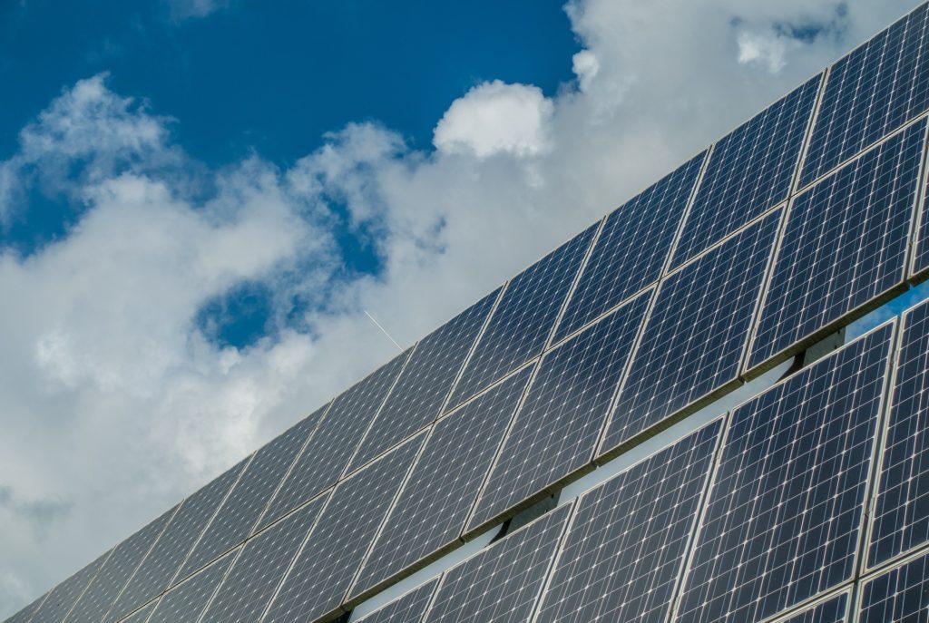 Produção de energia solar - Elysia sistema fotovoltaico Porto Alegre