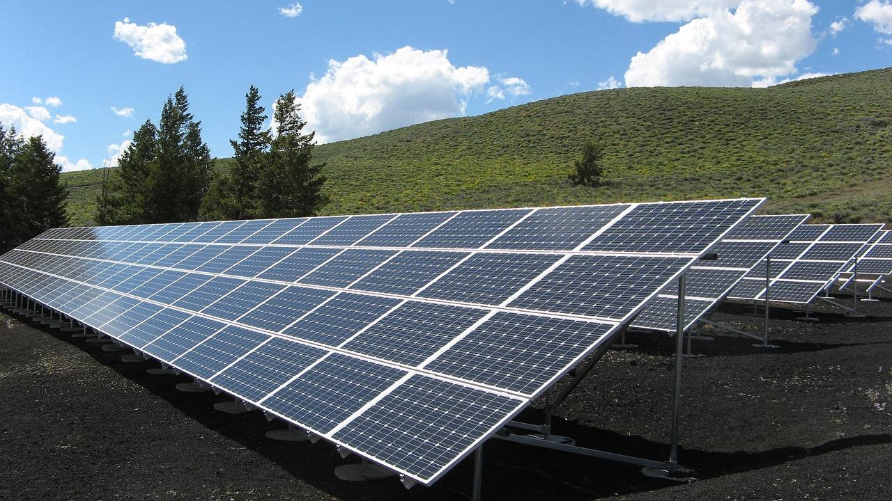 Limpeza dos painéis solares - Elysia energia solar Rio Grande do Sul
