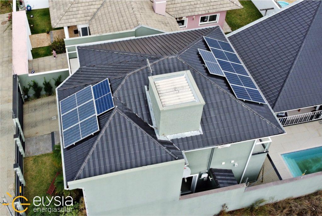 Sistema fotovoltaico residencial em Gravataí