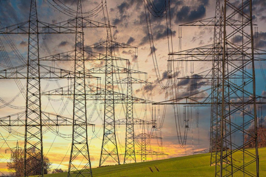 Energia elétrica cara no Brasil