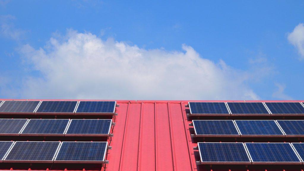Energia solar investimento crise - Elysia sistema fotovoltaico RS