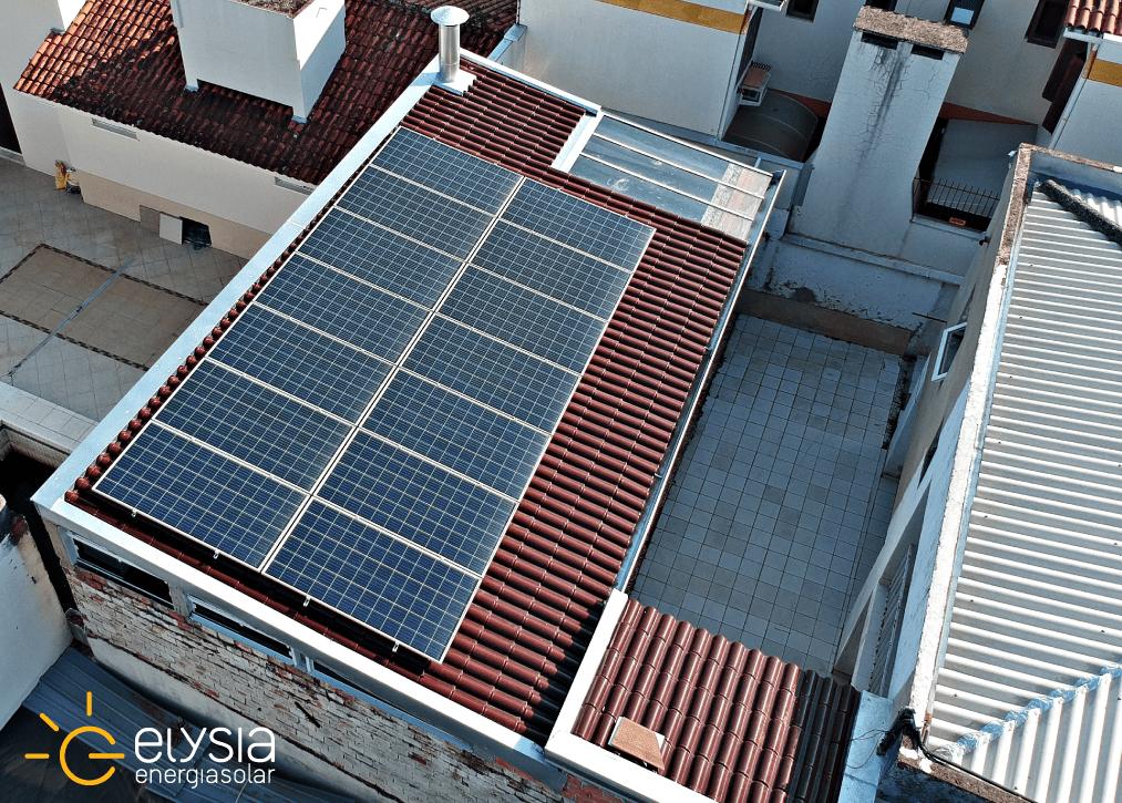 Residência com sistema fotovoltaico em Porto Alegre