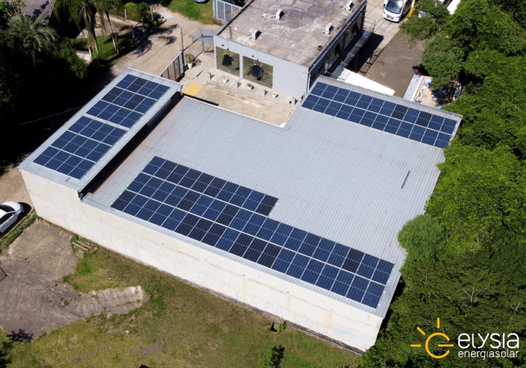 Empresa com energia solar fotovoltaica