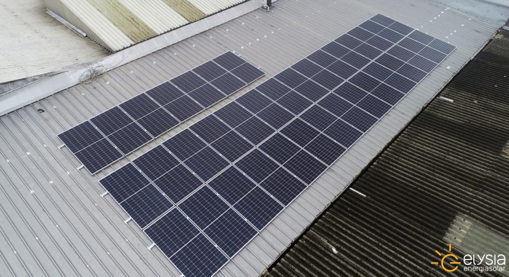 Energia solar em bar de Canoas
